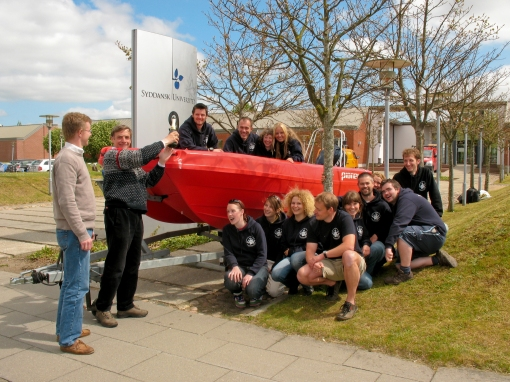 Professor Maarleveld and MAP students and staff during the christening of our new MAPper
